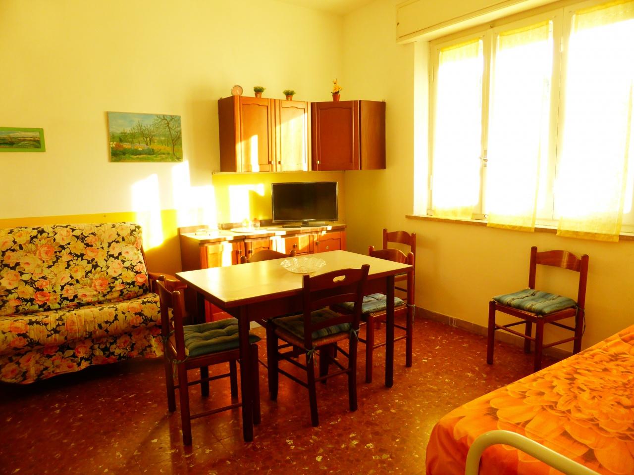 appartamento vacanze follonica prato ranieri
